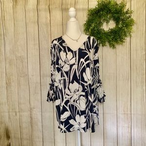 ᗩᒪᖴᗩᑎI. Floral tunic. Size 1X